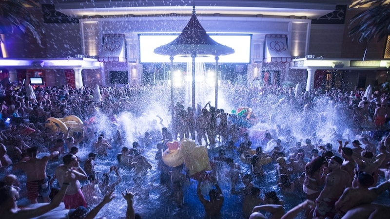 encore beach club at night pool party nightswim guest list vip